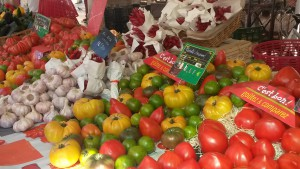 Discover Fresh food market with private tour Nice France