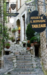 Old street St paul de vence village guided tour