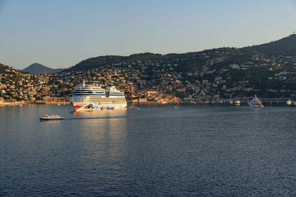 Puerto de villefranche sur mer proponemos su excursion de la Costa azul