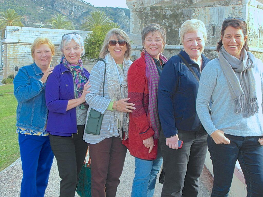 Grup privado de turistas en Menton, Costa Azul